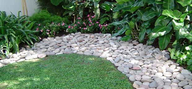 Piedra bola bocha lajas quilmes for Decoracion de canteros y jardines